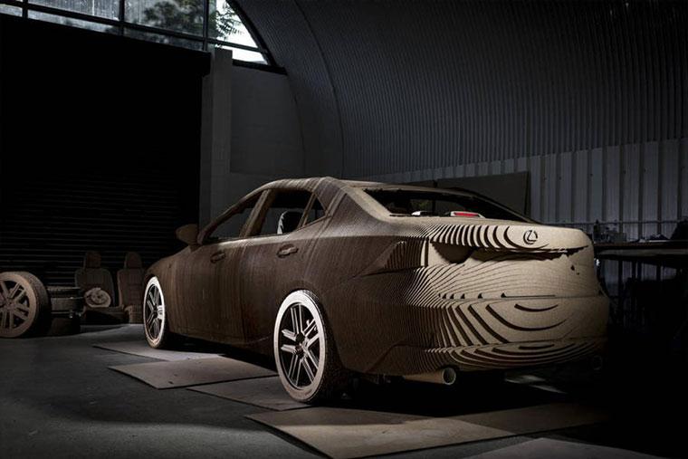 Ein Lexus aus Pappe Cardboard-Lexus_08