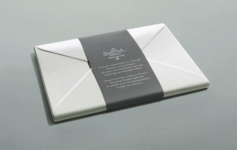 Porzellan-Umschlag für den Polterabend