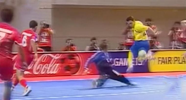Die schönsten Tore von Futsal King Falcão