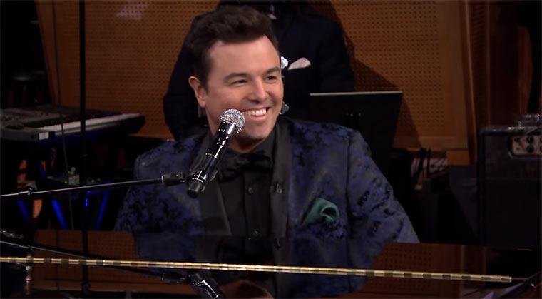 Seth MacFarlane singt mit Jimmy Fallon bescheuerte Yahoo!-Fragen