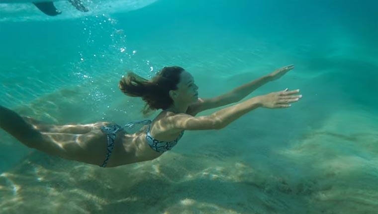 Sommer, Sonne, Surfen Jay-Alvarrez-HOME
