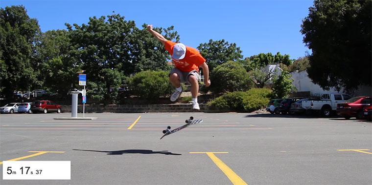 Tony Hawk fordert Mike Boyd heraus, einen Heelflip zu lernen Mike-Boyd-Heelflip