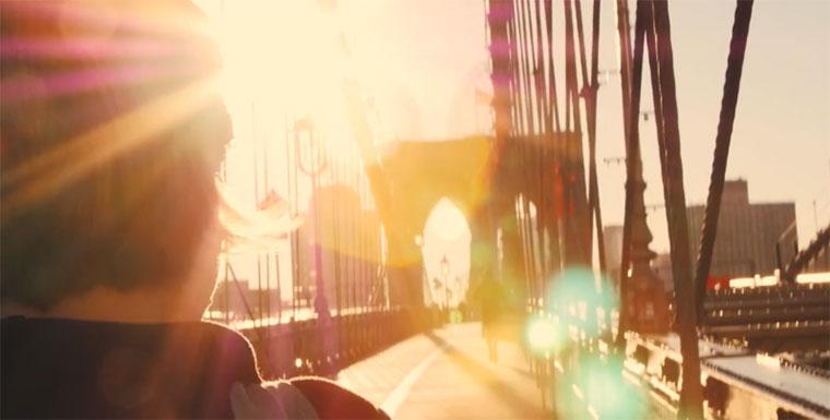 Die Schönheit New York Citys im Sonnenschein New-York-City-Light