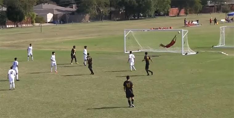 Die schönsten Tore im Amateurfußball 2015