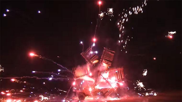 Feuerwerk-Riesenrad feuerwerk-rad