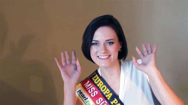 Miss Südwestdeutschland 2016 erzählt einen Witz... MissGermany-Camilla