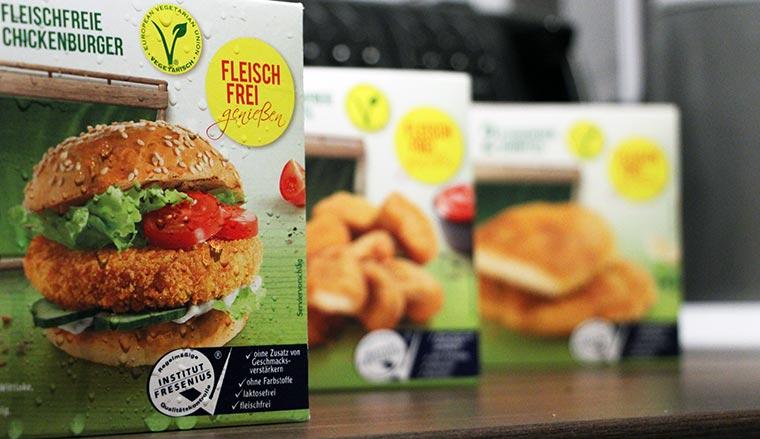 Wie wäre es mit einem Veggie-Chickenburger? Ruegenwalder-Veggie-TK_11