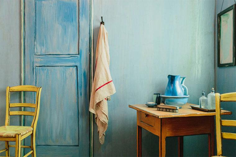 vanGogh-the-bedroom-airbnb_03