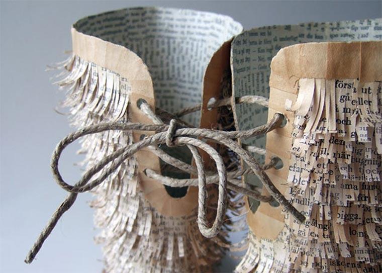 Schuhe, Tassen und mehr aus alten Buchseiten Cecilia-Levy-paper-art_06