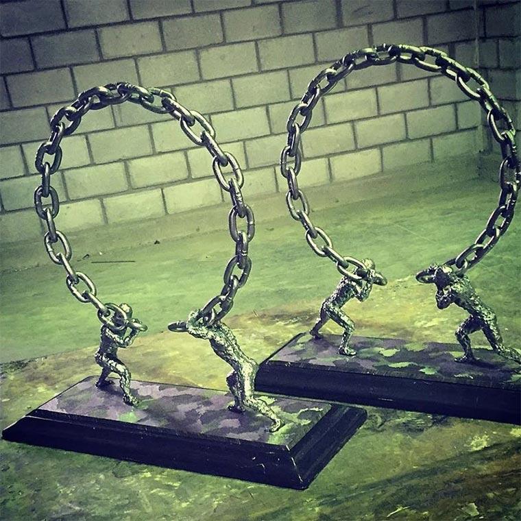 Metallskulpturen von David Madero David-Madero_03