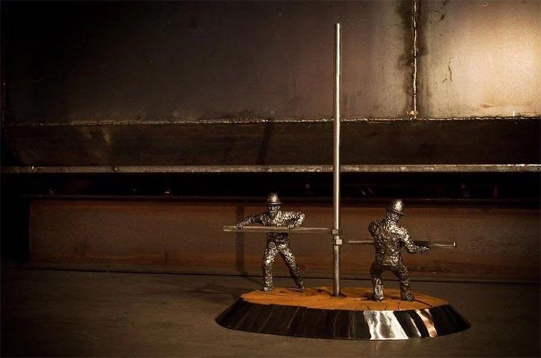 Metallskulpturen von David Madero David-Madero_05