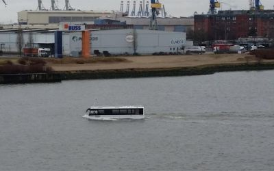 Hafencity-Riverbus_01