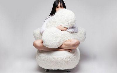 free-hug-sofa_01