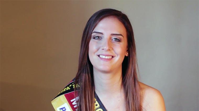 Miss Saarland 2016 erzählt einen Witz…