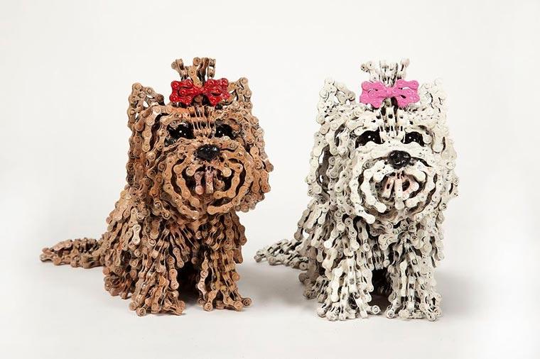 Hunde aus Fahrradketten unchained-dogs_01