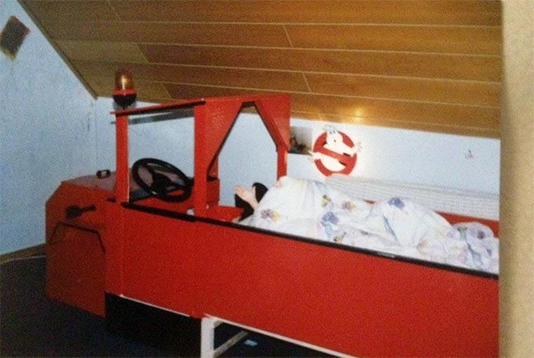 Danke, Papa, für das geile Feuerwehrauto-Bett! Feuerwehrauto