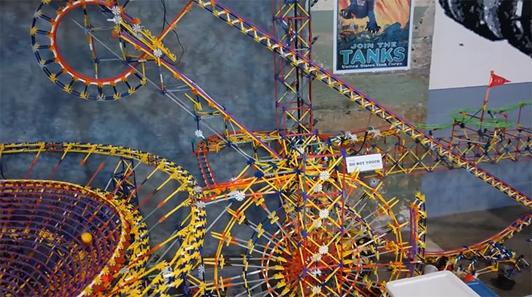 Die größte K'NEX-Maschine der Welt KNEX-world-record