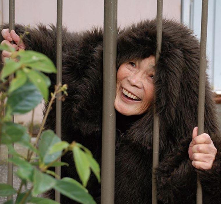 Durchgeknallte Selbstportraits einer 87-Jährigen Kimiko-Nishimoto_01