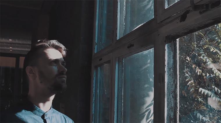 Exklusive Premiere: So macht Nisse seine Musik Nisse-Doku-1_02
