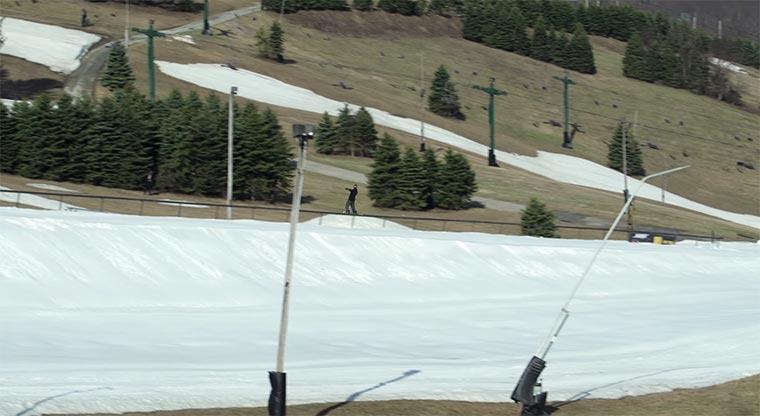 Längster Grind der Skigeschichte longest-railslide