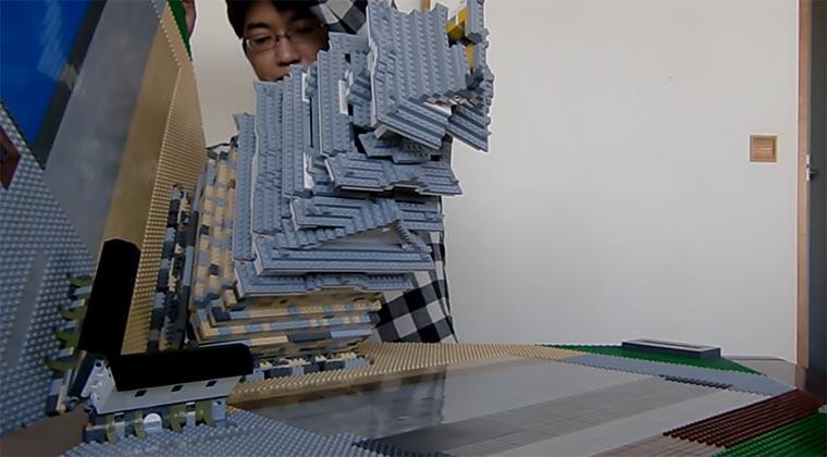 Ein LEGO-Schloss zum Aufklappen