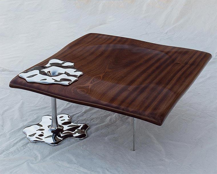 Möbel mit flüssigem Stahl Rado-Kirov_03