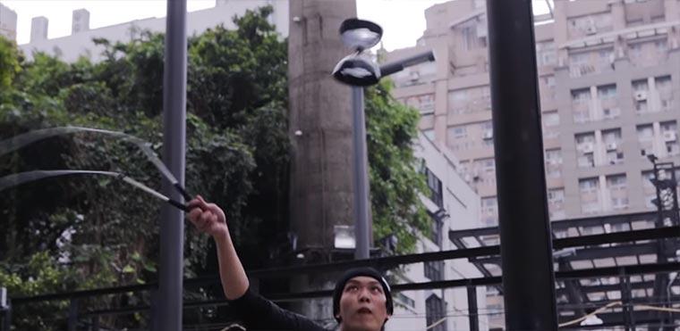 ChihHan Chao dreht am Diabolo ab Chihan-Chao