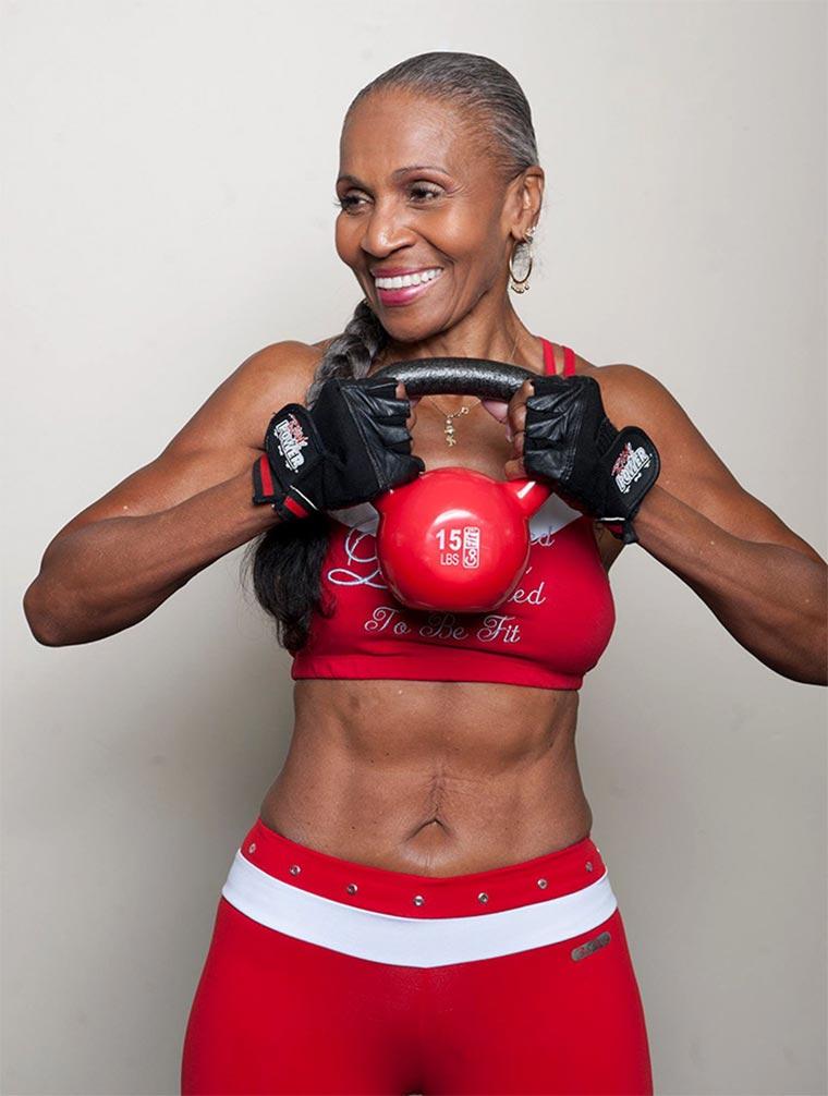 Diese Bodybuilderin ist 80! Ernestine-Shepherd_02