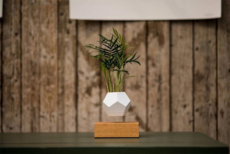 Schwebende Blumenkübel LYFE_02