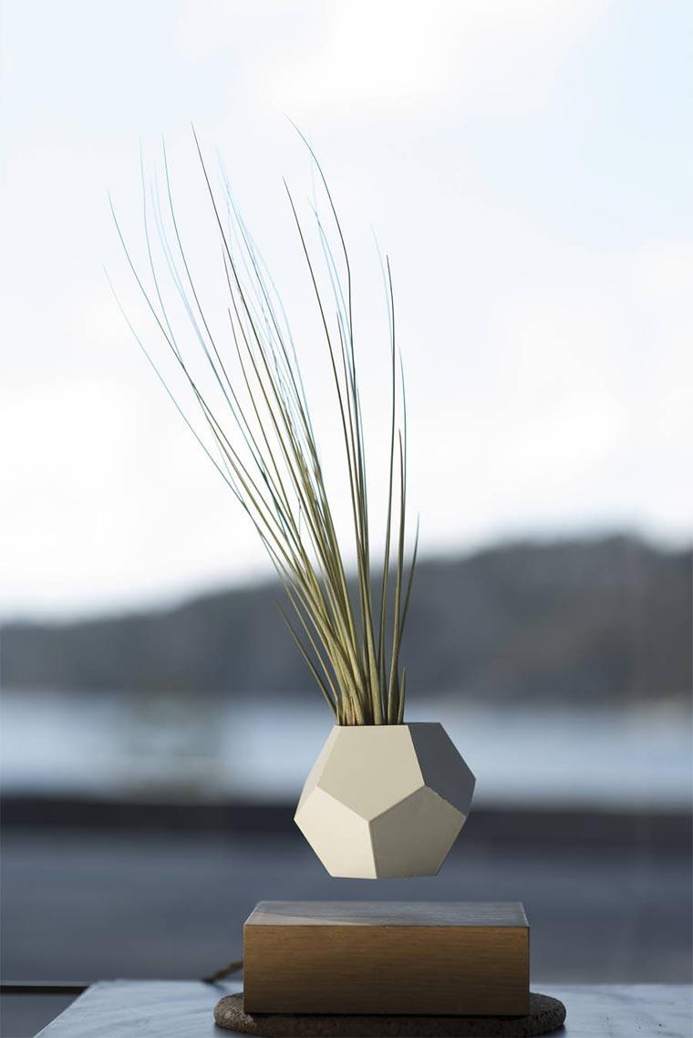 Schwebende Blumenkübel LYFE_05
