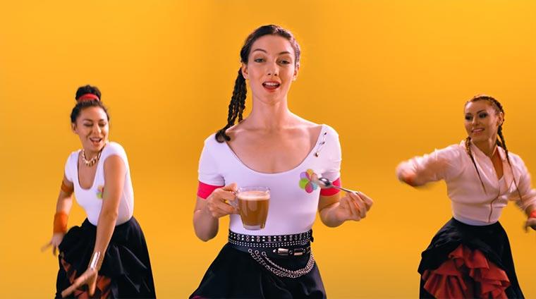 Danse au Lait! Gewinn eine Reise nach Paris im Wert von 500 Euro TASSIMO_au-lait_02