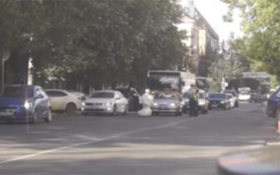 robot-russian-street