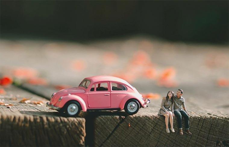 Miniatur-Hochzeitspaare