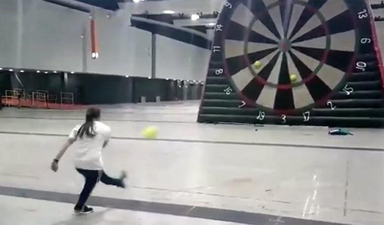 Fußball-Dart foot-darts