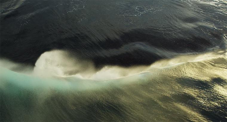 Wunderschöne Wasserwellen