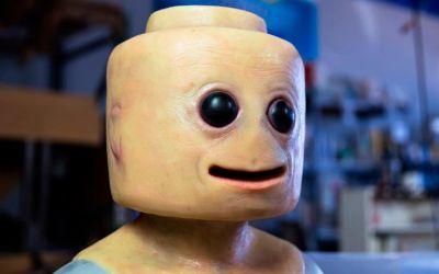 real-life-lego-figure-cosplay