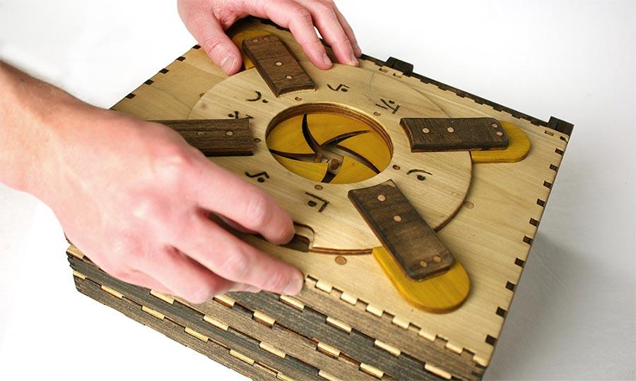 Zum Weiterlesen Holzrätsel lösen Codex-Silenda_02