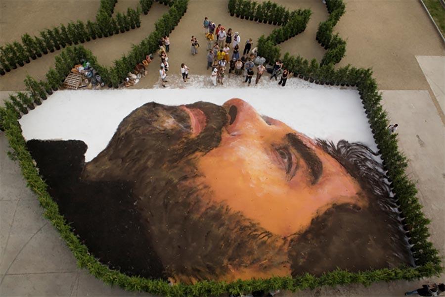 Gigantische Portraits auf Satellitenbildern Jorge-Rodriguez-Gerda_09