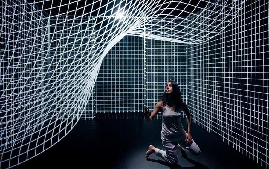 Tanz mit der Lichter-Wand
