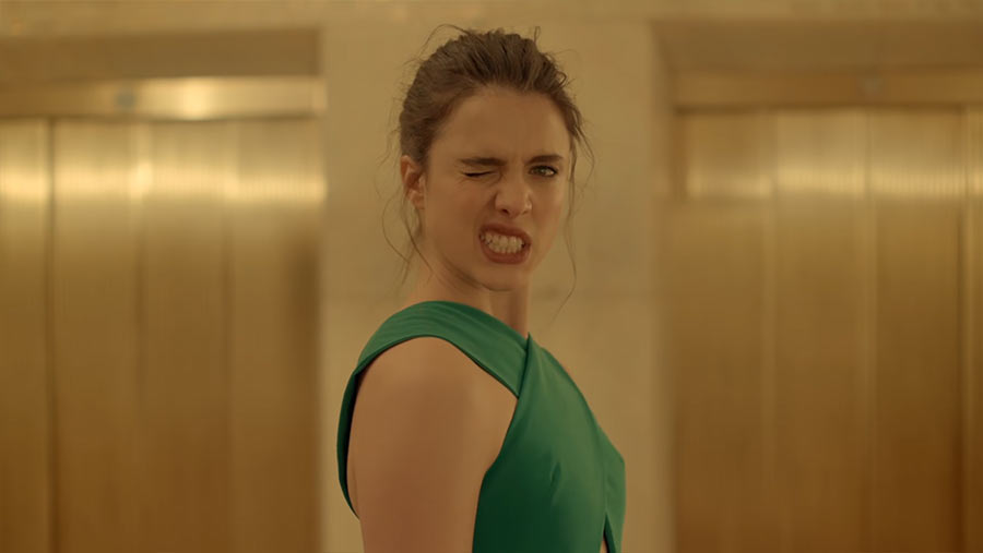 Spike Jonze lässt Margaret Qualley für ein Parfum abspacken kenzo-world-spike-jones