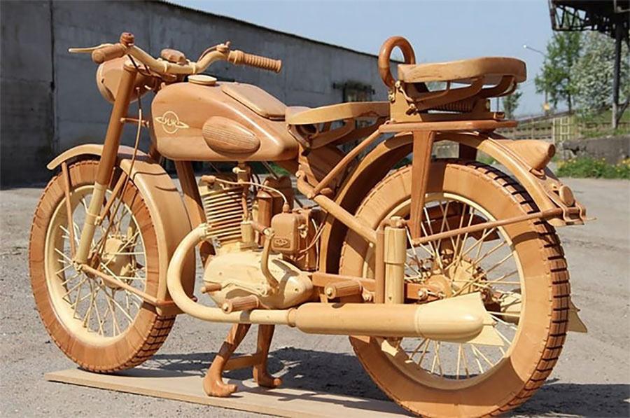 Ein Motorrad aus Holz motorbike-wood_01