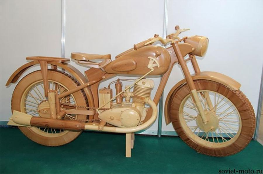 Ein Motorrad aus Holz motorbike-wood_05