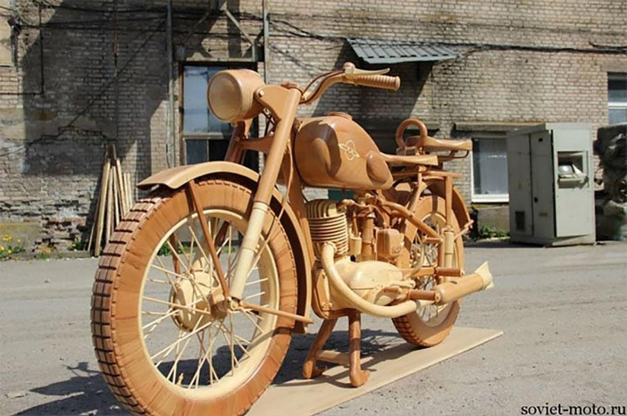 Ein Motorrad aus Holz motorbike-wood_07