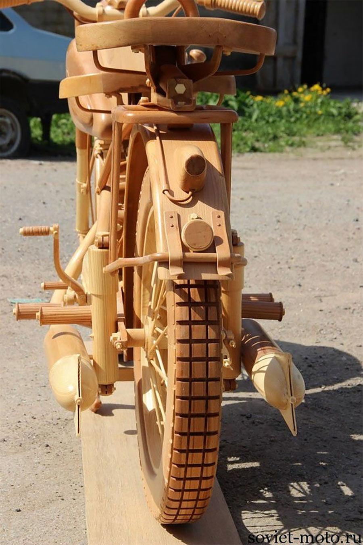 Ein Motorrad aus Holz motorbike-wood_08