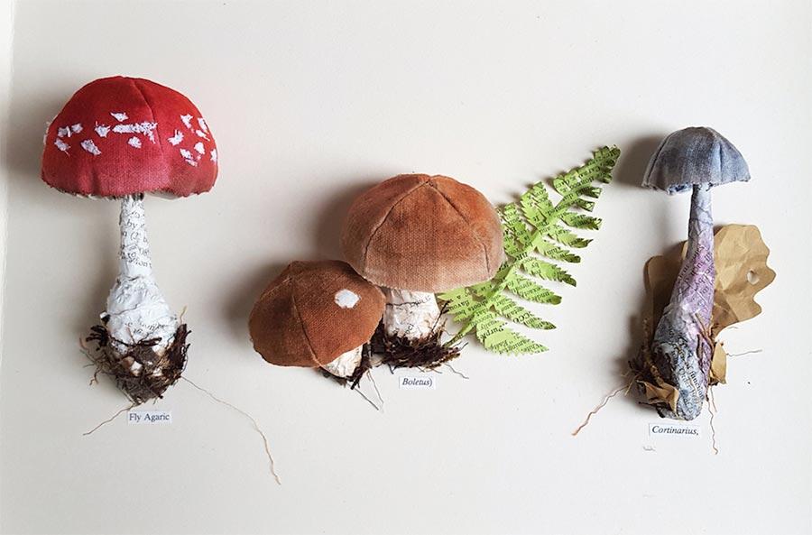 Blumen, Pilze und Insekten aus Papier