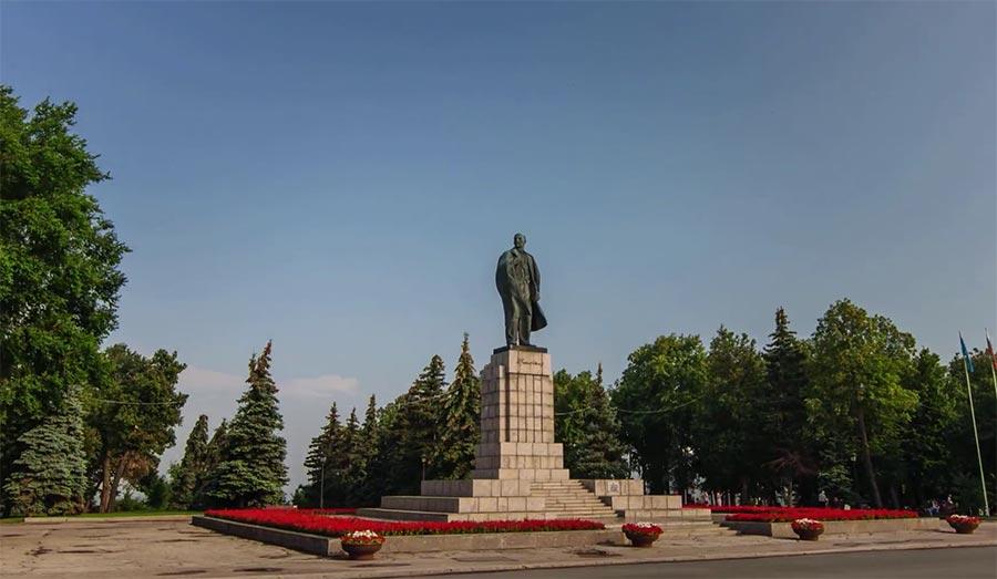 Walk in Ulyanovsk Walk-in-Ulyanovsk