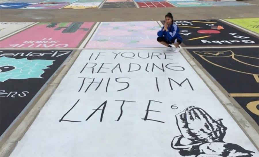 Wenn Schüler ihre Parkplätze bemalen dürfen high-school-parking-lot-art_01