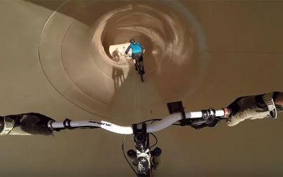 mountainbike-waterslide