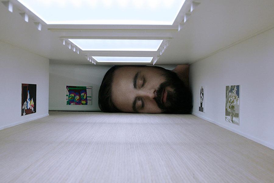Werde riesiger Kunstliebhaber put-your-head-into-gallery_06