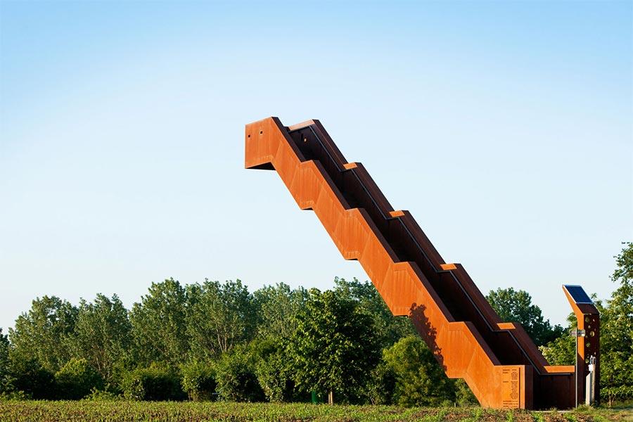 Die einsame Treppe Vlooyberg-Tower_04